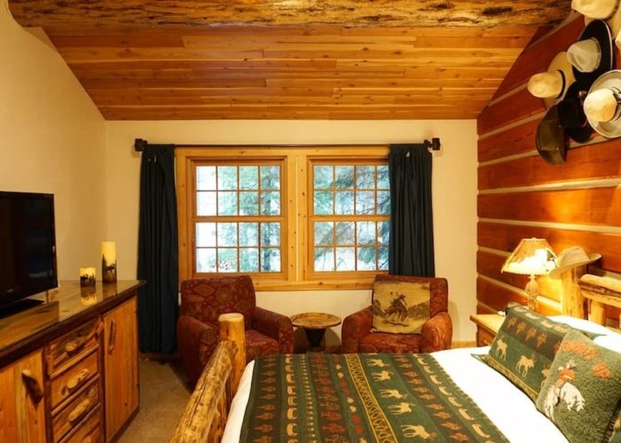 Lodging Whitefish Montana Hidden Moose Lodge
