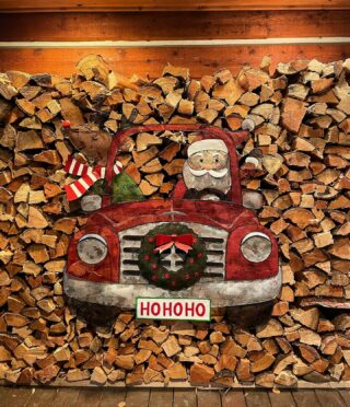 Christmas decor score! #christmasdecor #bedandbreakfast #lodge #lodging #woodpile #holidayseason #mountainliving #hotel #festive #deckthehalls